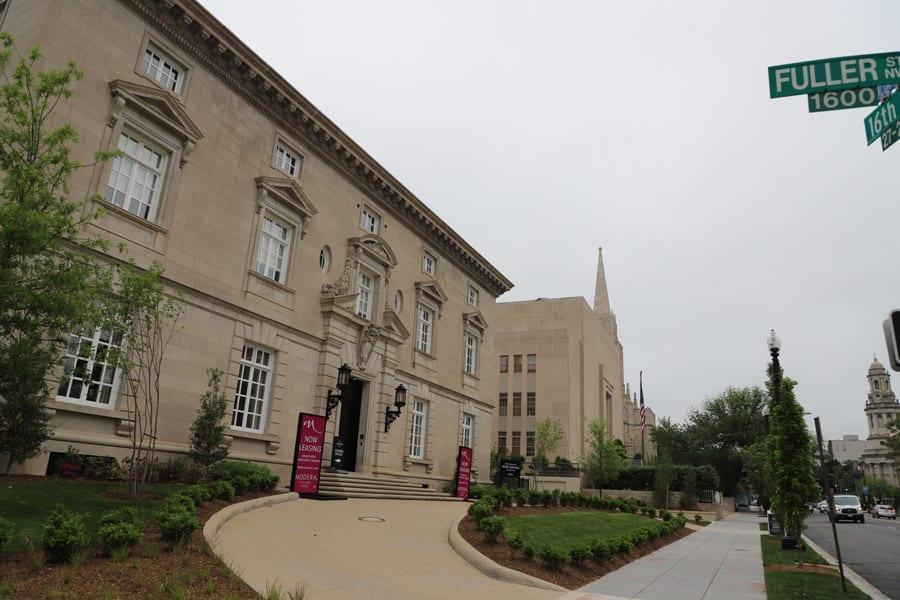 Modera Embassy Entrance view